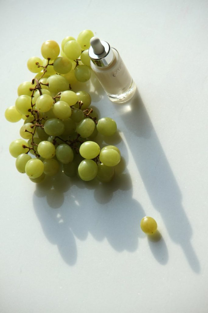 Vinoperfect Radiance Serum, CAUDALIE