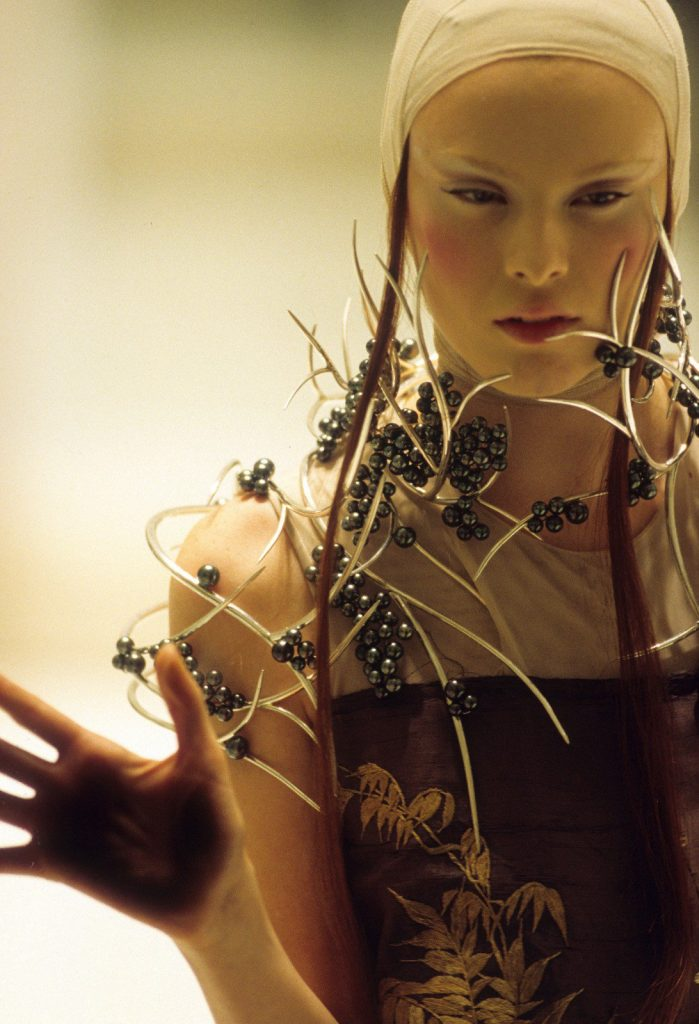 Model Karen Elson wearing Tahitian pearl and silver neckpiece in 2008, photographed by Anthea Simms