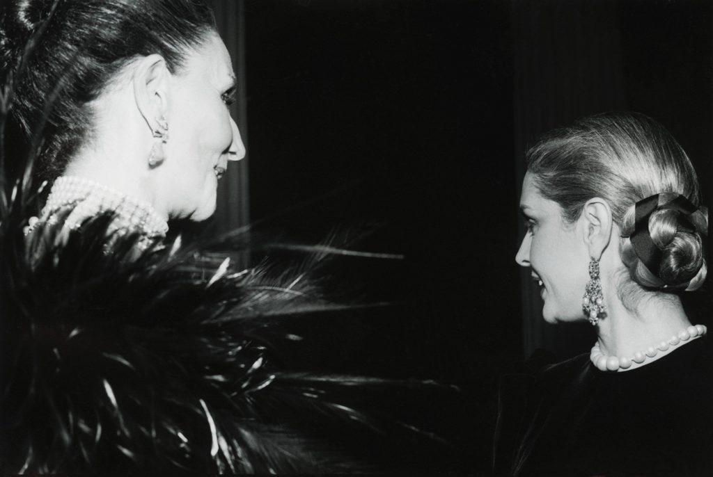 Countess Jacqueline de Ribes and Carolina Herrera at Metropolitan Museums Costume Institute Ball, 1980, Tobi Seftel/Corbis.