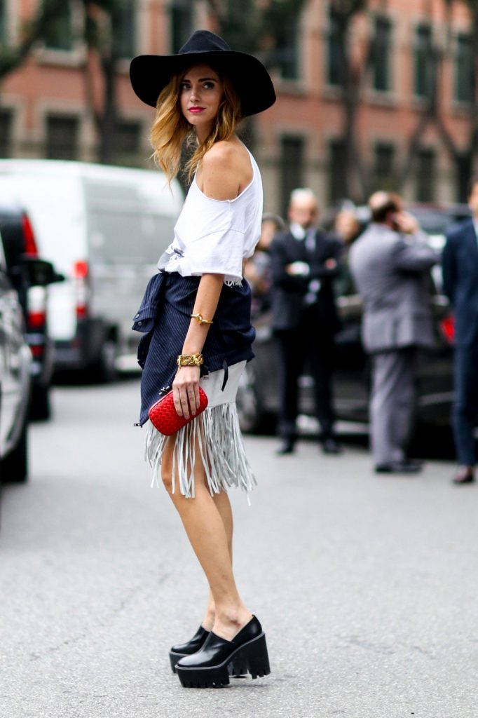 Play with fringing as part of a casual look in which anything goes.