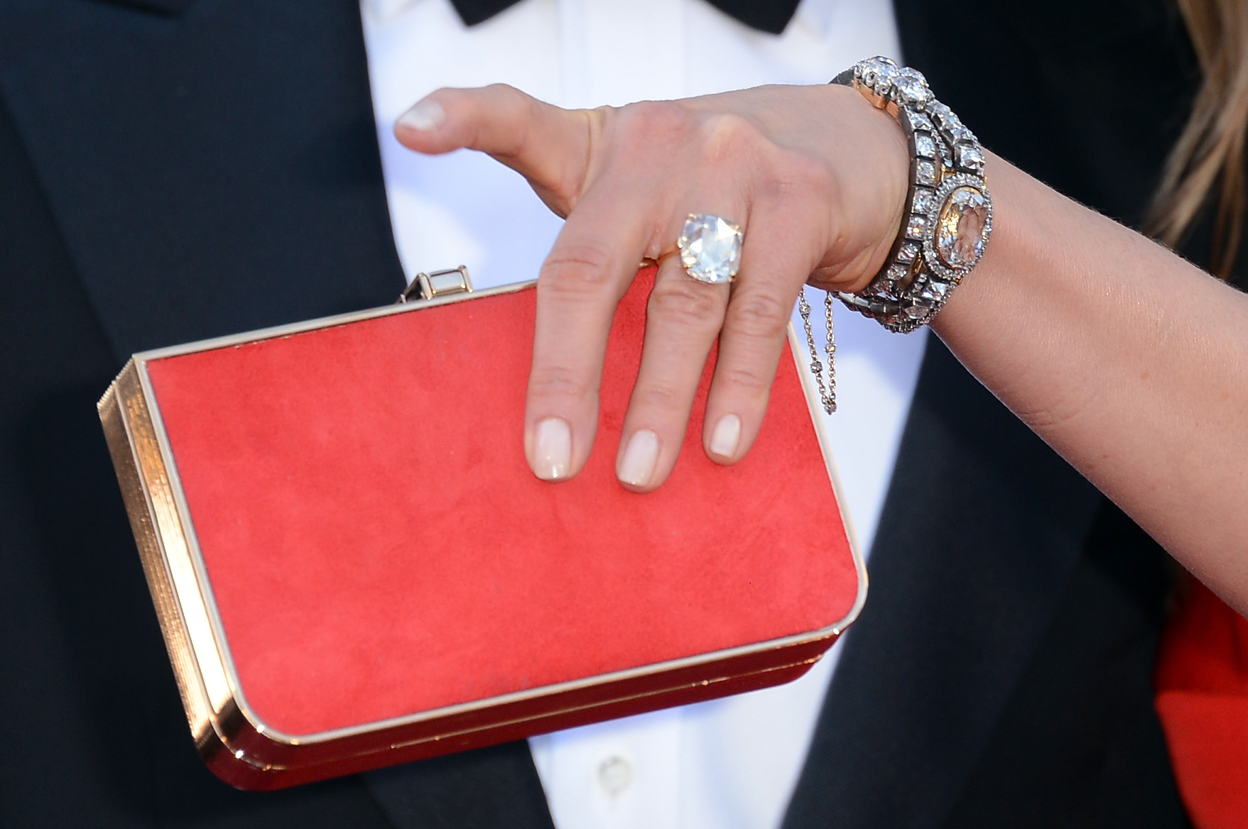 Array - diamond engagement rings  a celeb guide   mojeh  rh   mojeh com