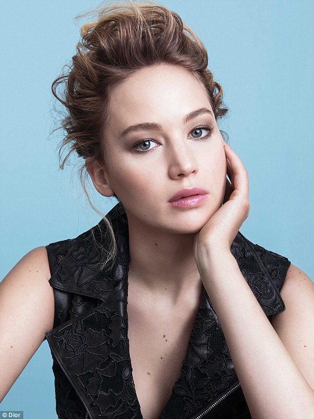 The first image released from the Dior Addict lipstick campaign featuring Jennifer Lawrence - Courtesy of Dior, Photographed by Sebastian Kim for Christian Dior Parfums