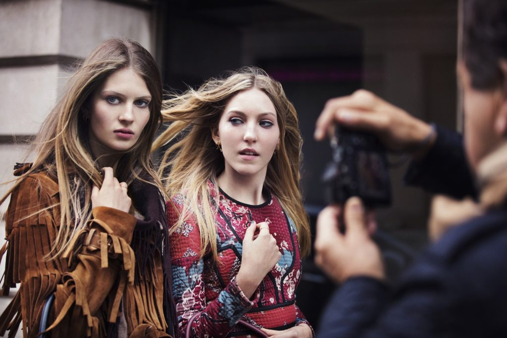 © Copyright Burberry/Testino   Behind the scenes of the brand's autumn/winter 2015 campaign