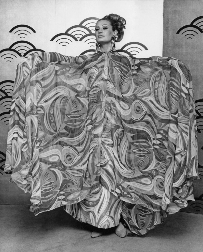 A model at the Japanese Silk Exhibition in 1967. Photography by Jim Gray/Keystone/Hulton Archive/Getty Images.