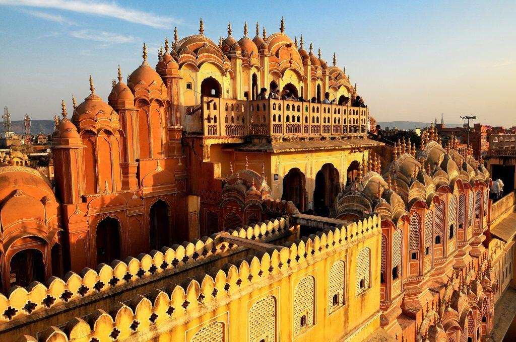 The city of Jaipur. Image courtesy of Corbis.