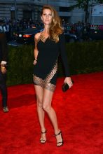 Gisele attended the 2013 Met Gala in a sultry  Anthony Vaccarello number