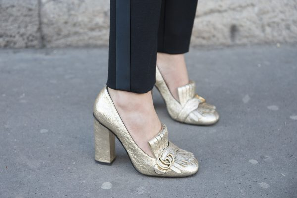 2. Elongate. Juxtapose and add height to your silhouette with the addition of stilettos or loafers. Opt for an elaborate or delicate pair to create an eye-catching contrast.
