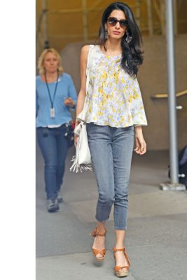When: April 18, 2015 | While running errands in New York City, Clooney is snapped in a Giambattista Valli blouse, worn slim-fitted denim jeans and beige strappy sandals.