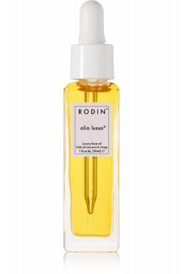 The Original: Olio Lusso Face Oil  Best for: Overall skintone improvement   Known as the woman behind the face oil revolution, Linda Rodin's formula blends 11 essential oils, including neroli, argan, and jojoba. Revered as a miracle worker, Rodin's highly hydrating oil is an indulgent ritual after a long day. Promising improved appearance, texture and tone, as well as enhanced collagen production, Olio Lusso is a cult staple for anyone looking to enter into the world of skin oils.