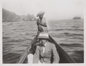 Jacques Cartier during his trip to the Persian Gulf. Stopover in Bahrain, in 1911.