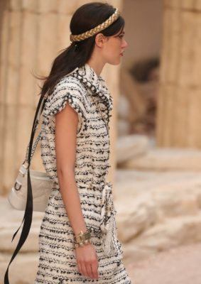 Braided metallic headbands further emphasised the show's Modern Antiquity theme.