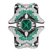 Van Cleef & Arpel's tantalising new jewellery collection, entitled Le Secret, unveils the Montre Papillion Secret timepiece, which includes diamonds, emeralds, black spinels and onyx.