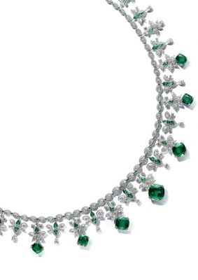 Beautiful richly-coloured emeralds are the focal point of this circular, majestic and decadent choker, unveiled as part of Chopard's Red Carpet collection in collaboration with Cannes Film Festival.