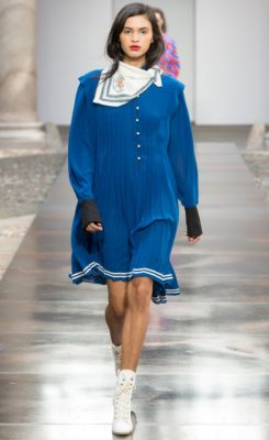 Philosophy di Lorenzo Serafini: Eighties icon Tina Chow had a heavy influence on Lorenzo Serafini's Philosophy collection this season which was evident in the effortless neckerchiefs, paper bag waists and billowing blouses that came down the runway.