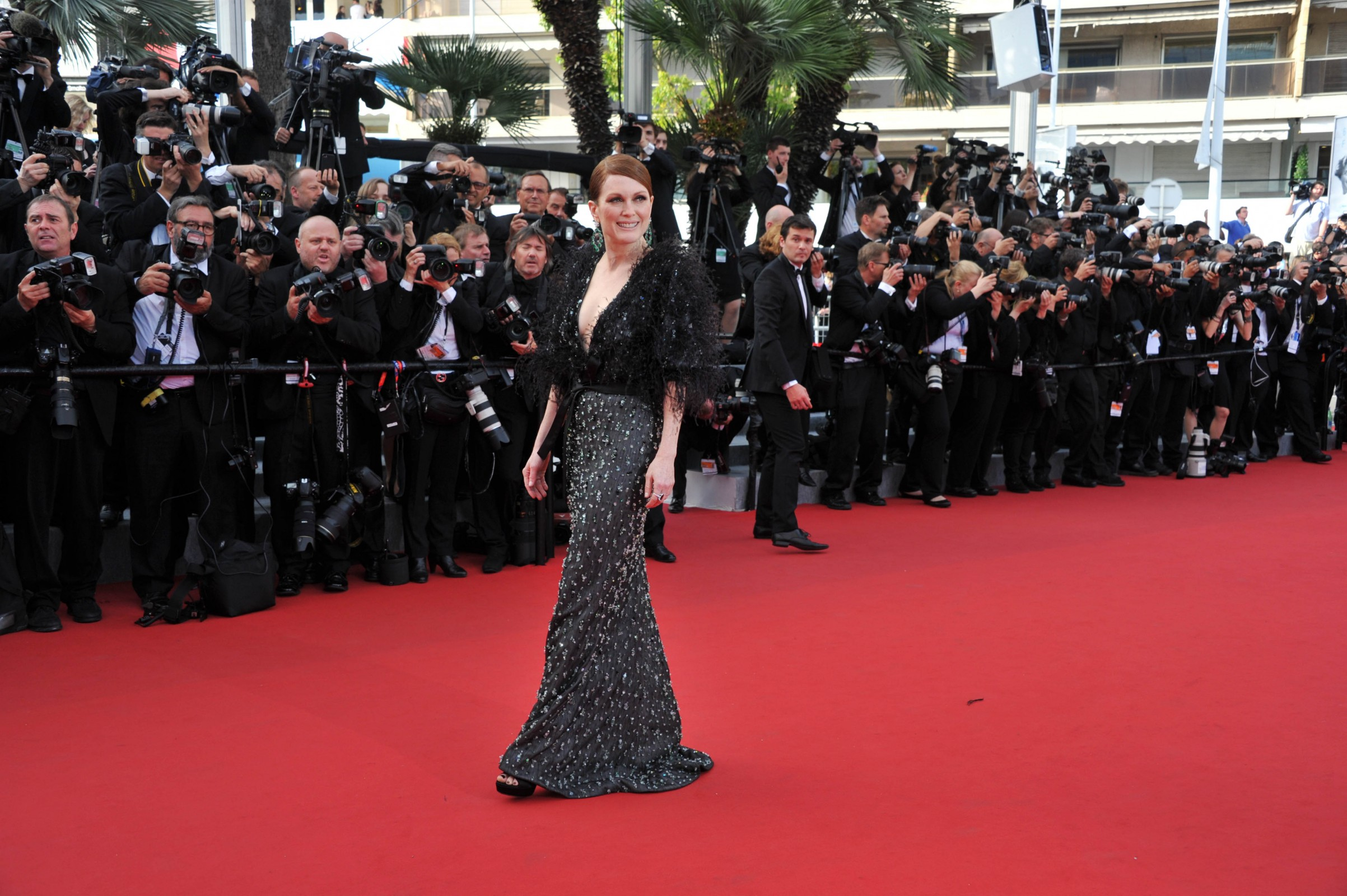 Cannes: Feathers