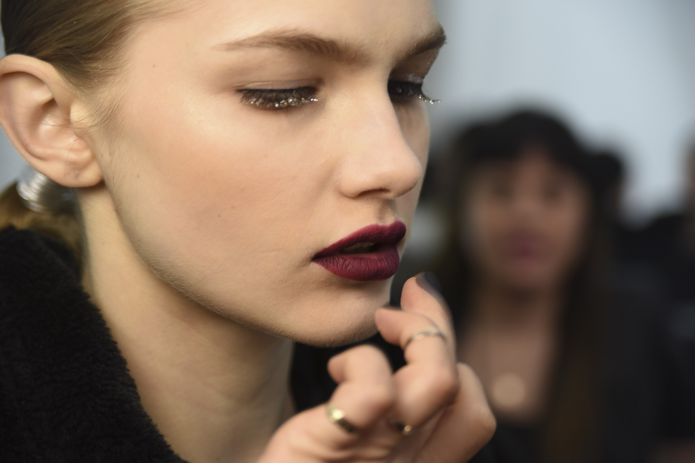 FW Beauty: The graphic eye