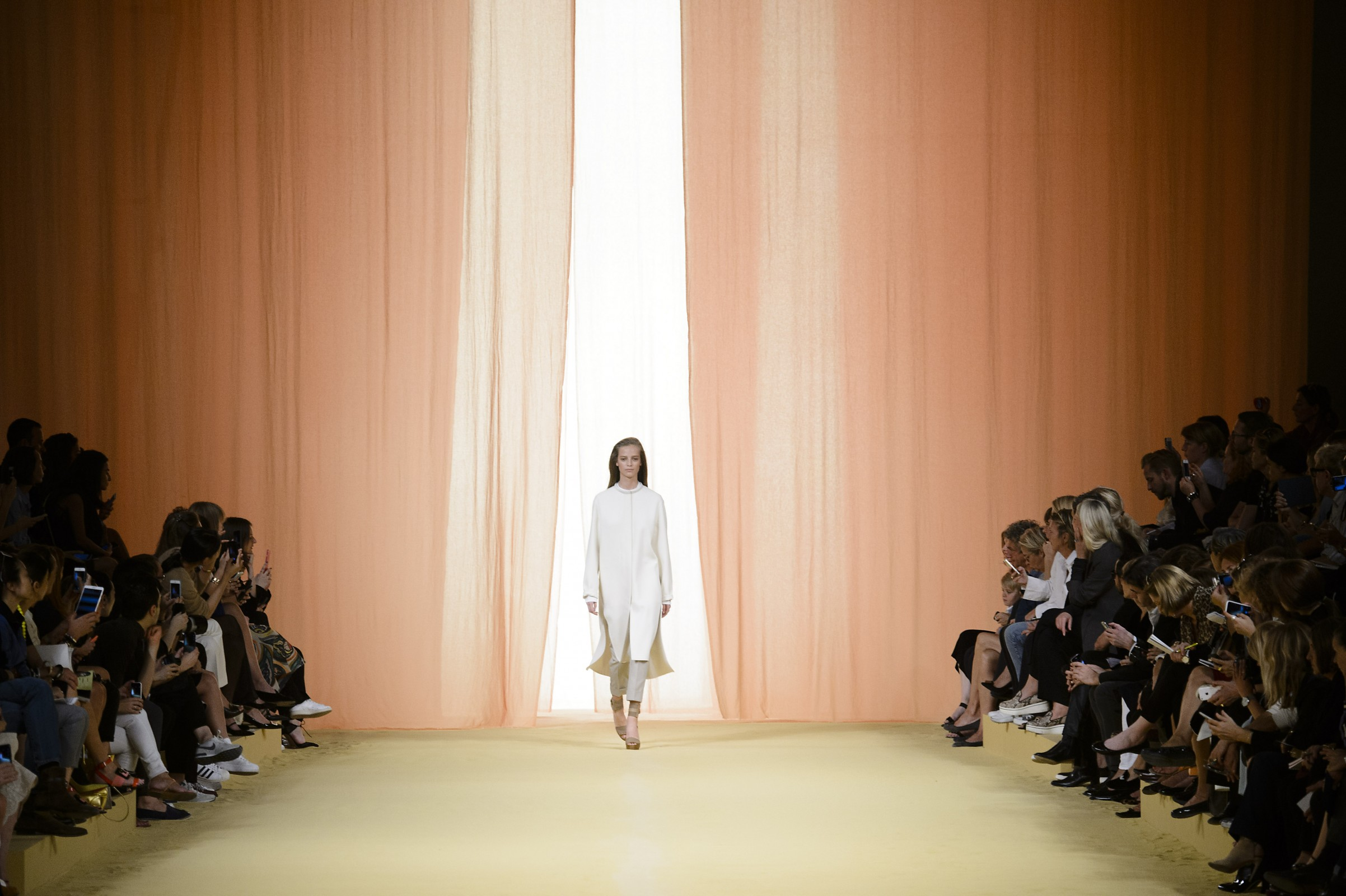 Fashion Week Roundabout: What You Need to Know About AW15