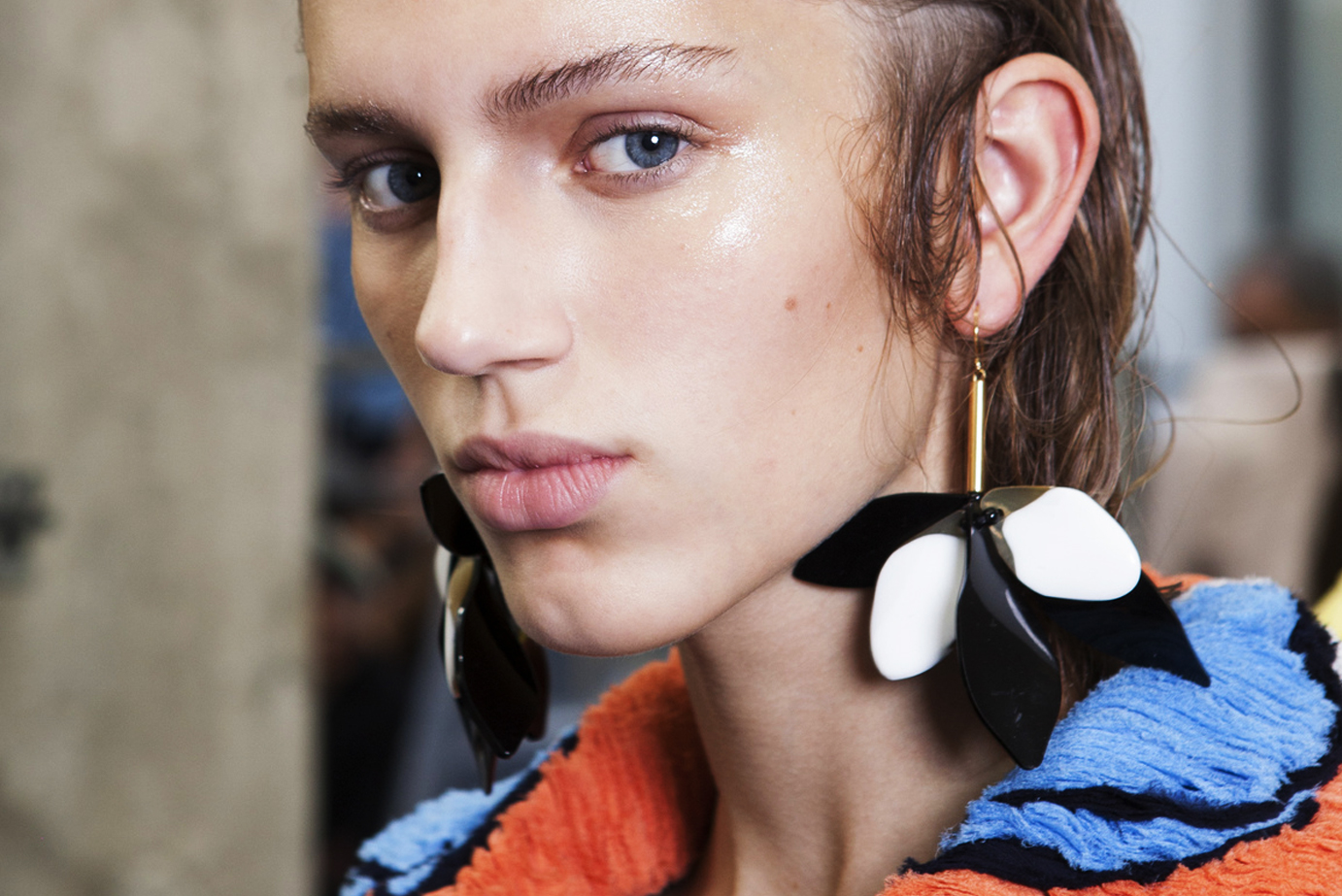 It's All About the Statement Earring