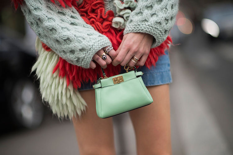 12b62b84f381 Mini Bags  Why Celebrities are Still Carrying Petite Purses