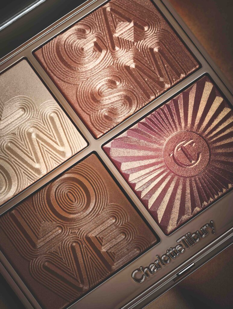 Glowgasm face palette in Lightgasm: medium-dark, Charlotte Tilbury