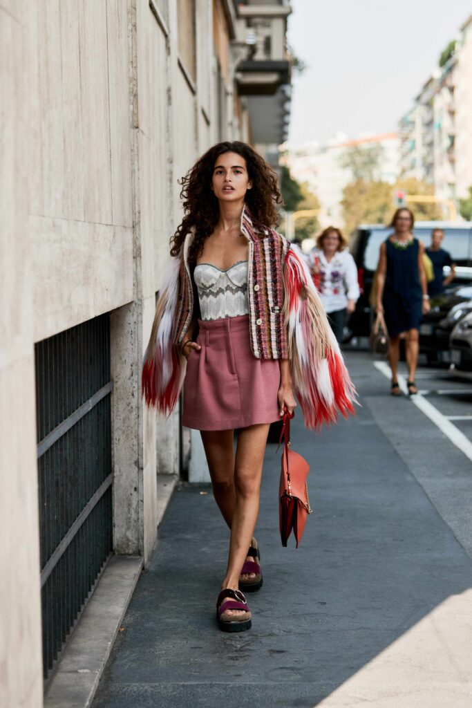 Short story: Chiara Scelsi rocks chic bohemian vibes in a pleated mini