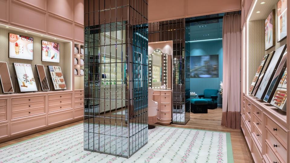 Gucci beauty boutique dubai