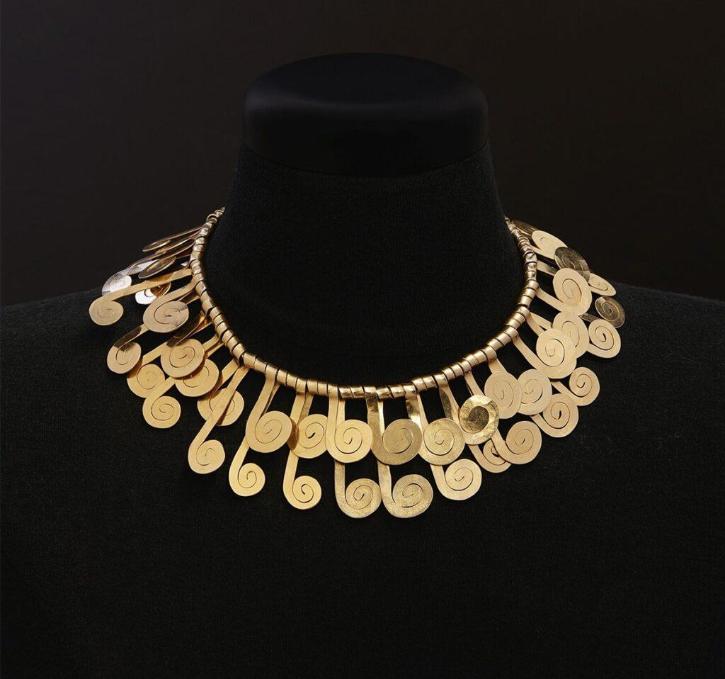 artist jewellery