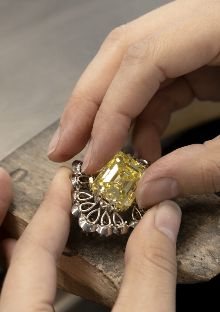 The making of Chopard's Red Carpet 2021 Paradise collection